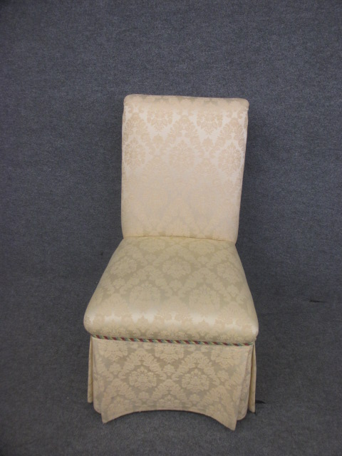 Parsons Chair cream Color