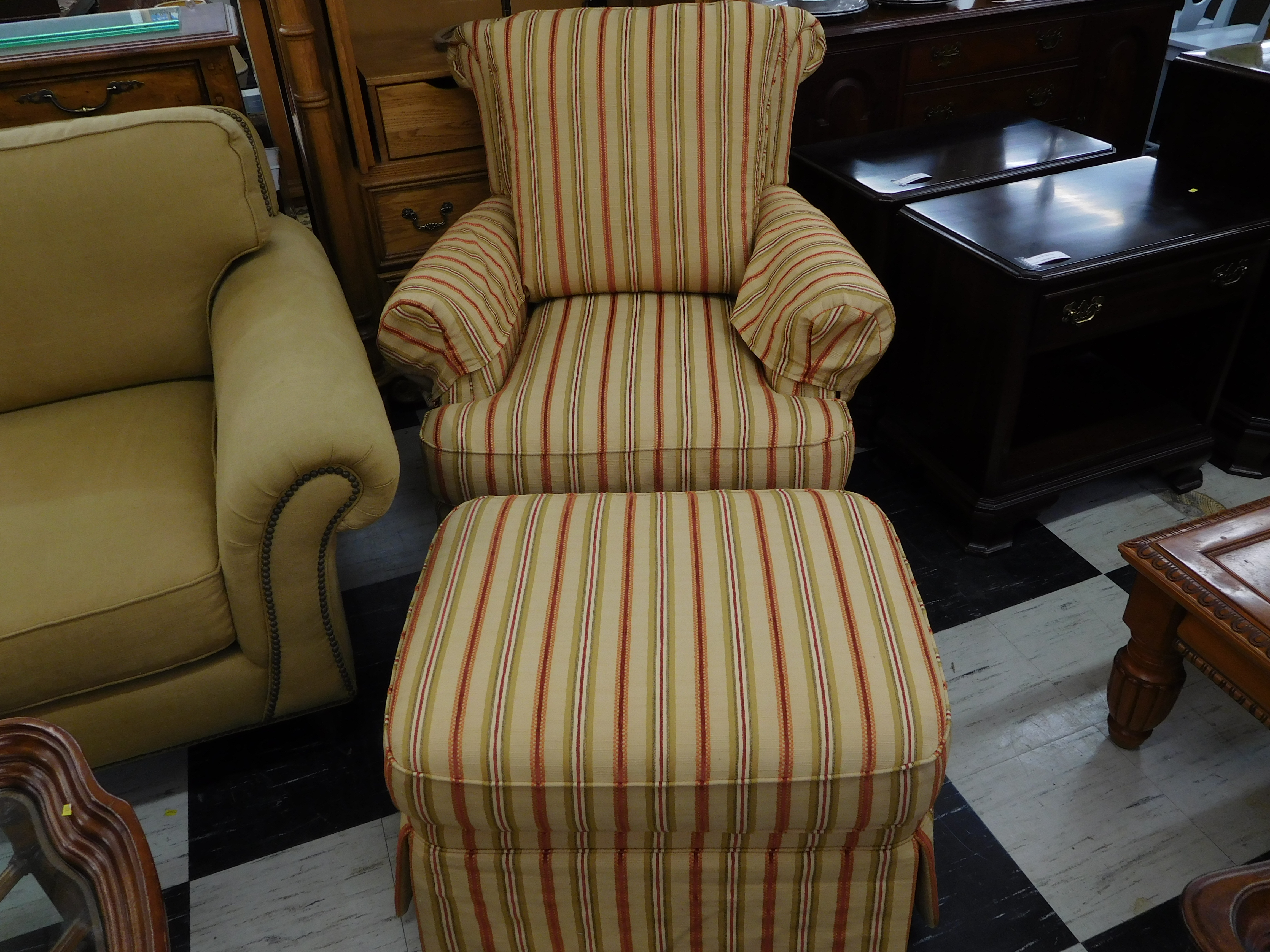 Wel e to AshevilleUsedFurniture Web home of Nothing New