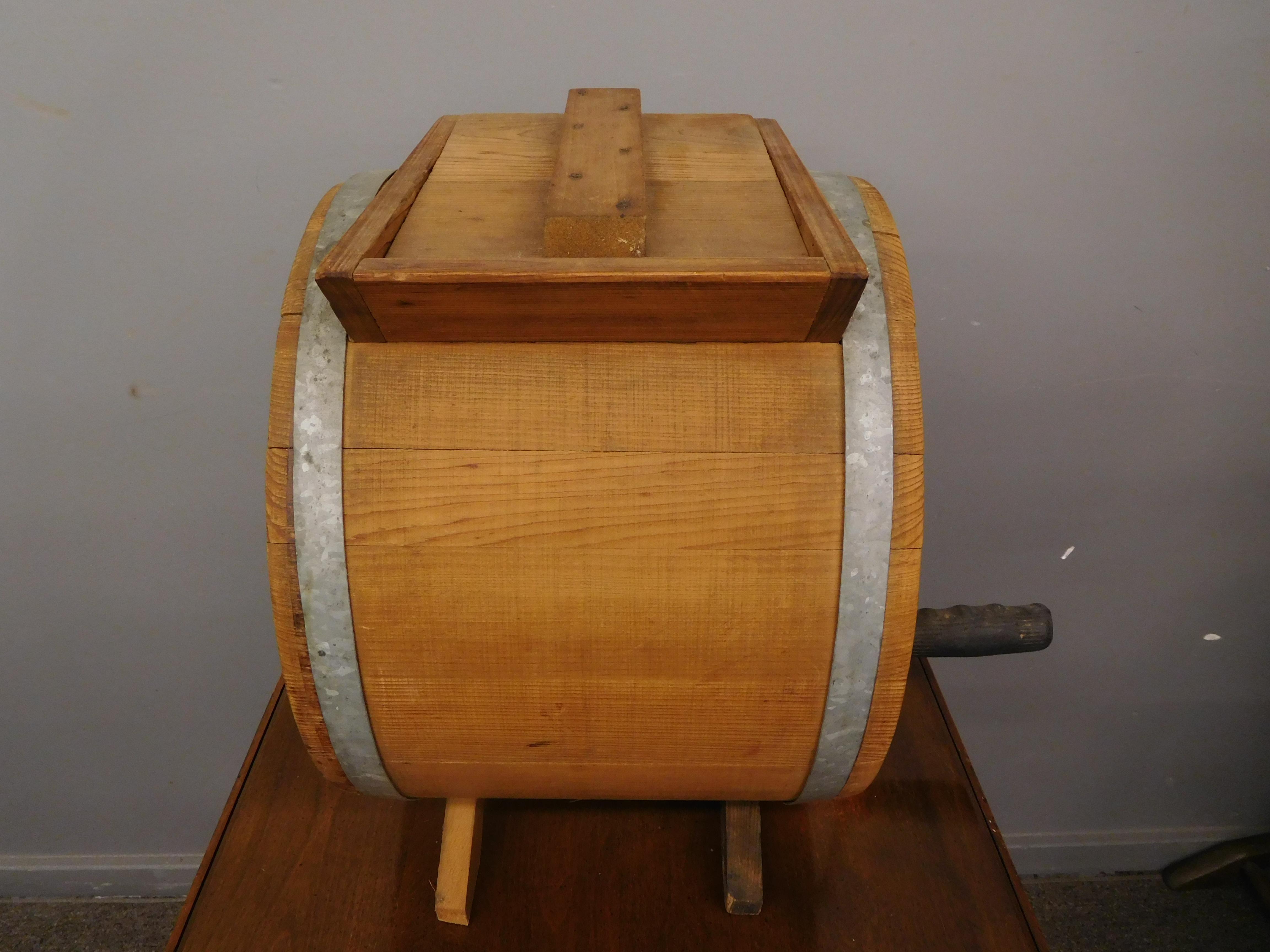 Primitive Barrel Style Cylinder Butter Churn