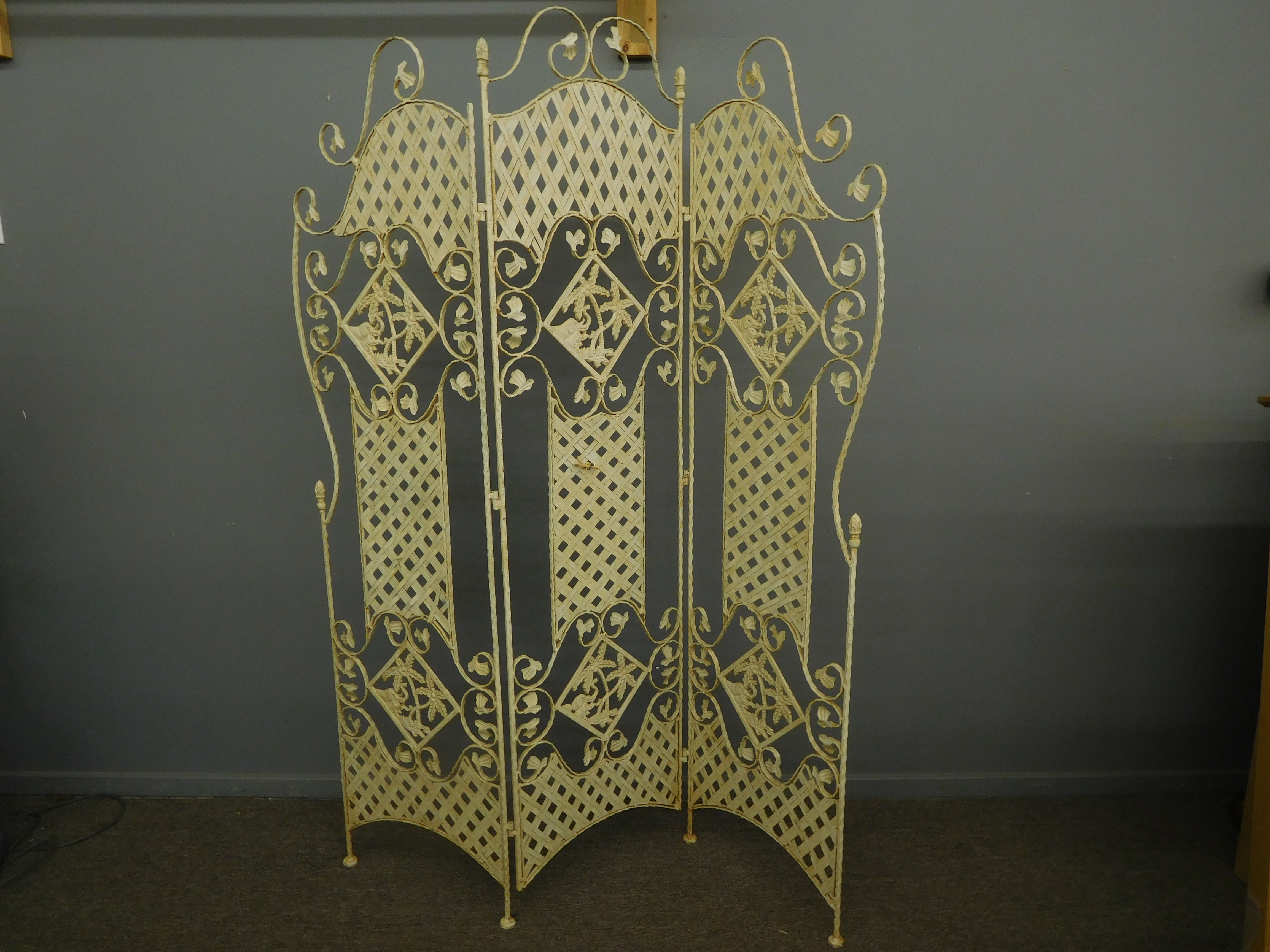 Lacy Wrought Iron Screen/Room Divider, Naturally Distressed