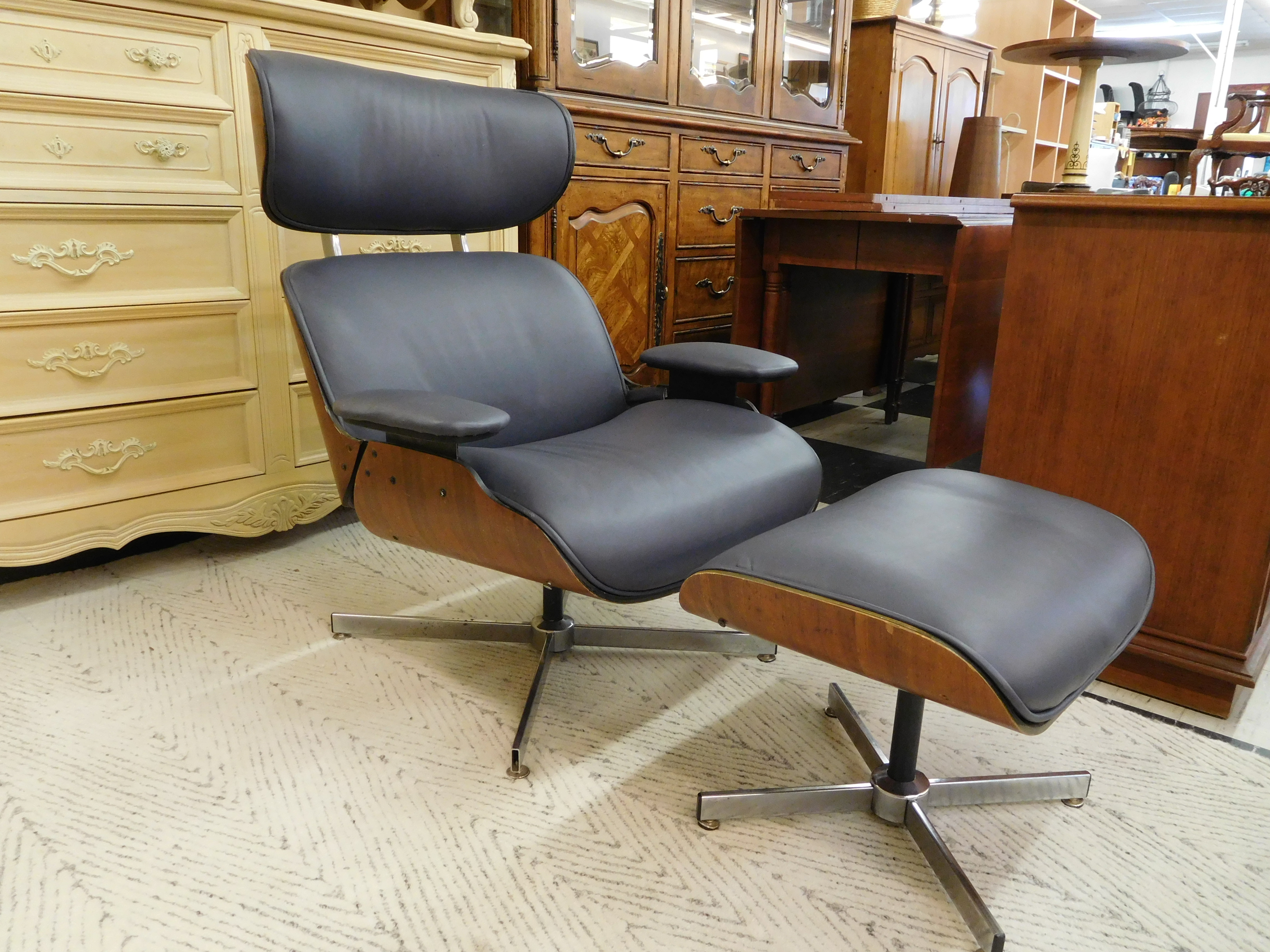 Mid Century Eames Replica Leather Lounge Chair and Ottoman in Italian Leather