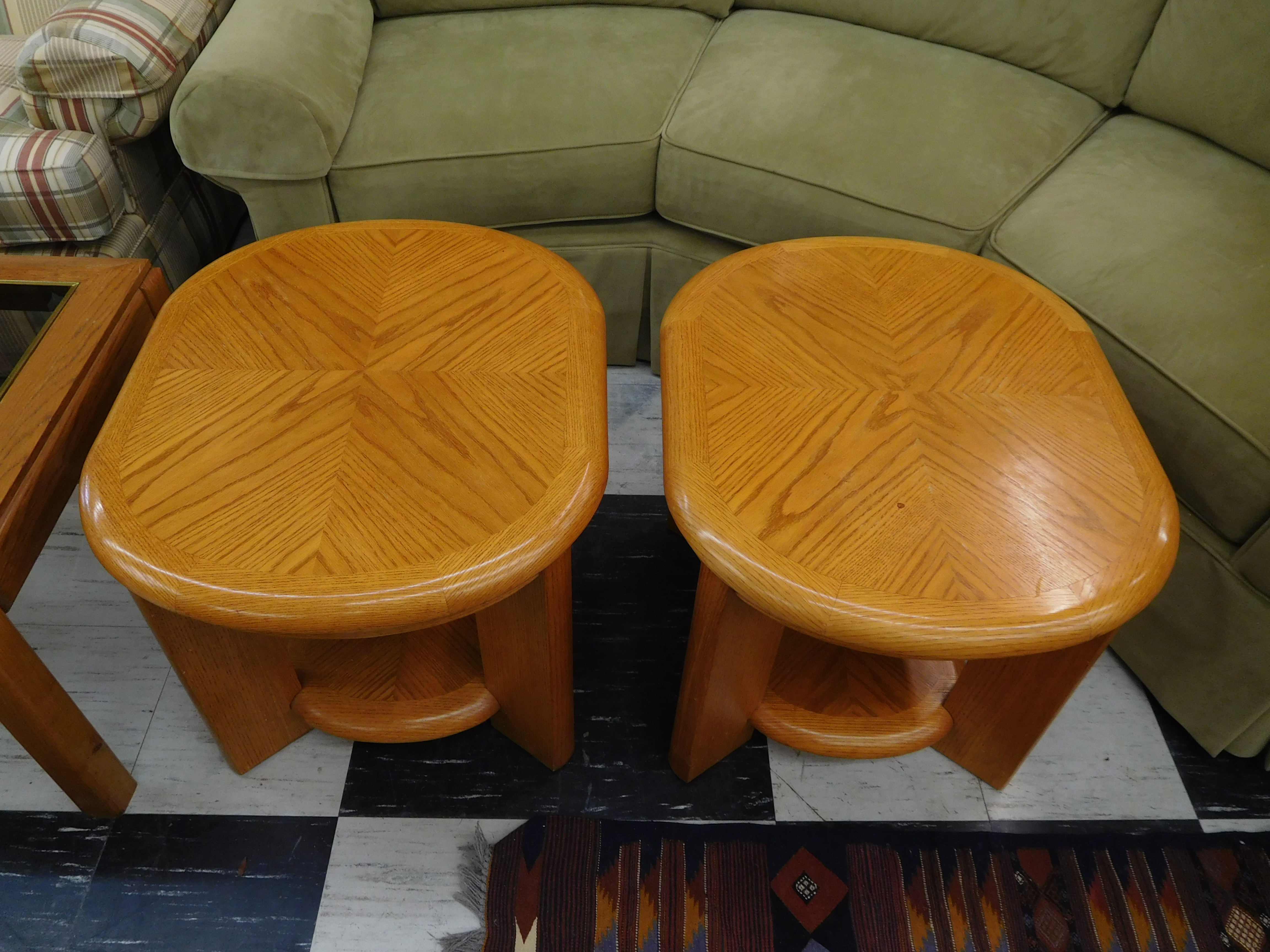 Modern Oval Golden Oak End Table in Immaculate Condition!