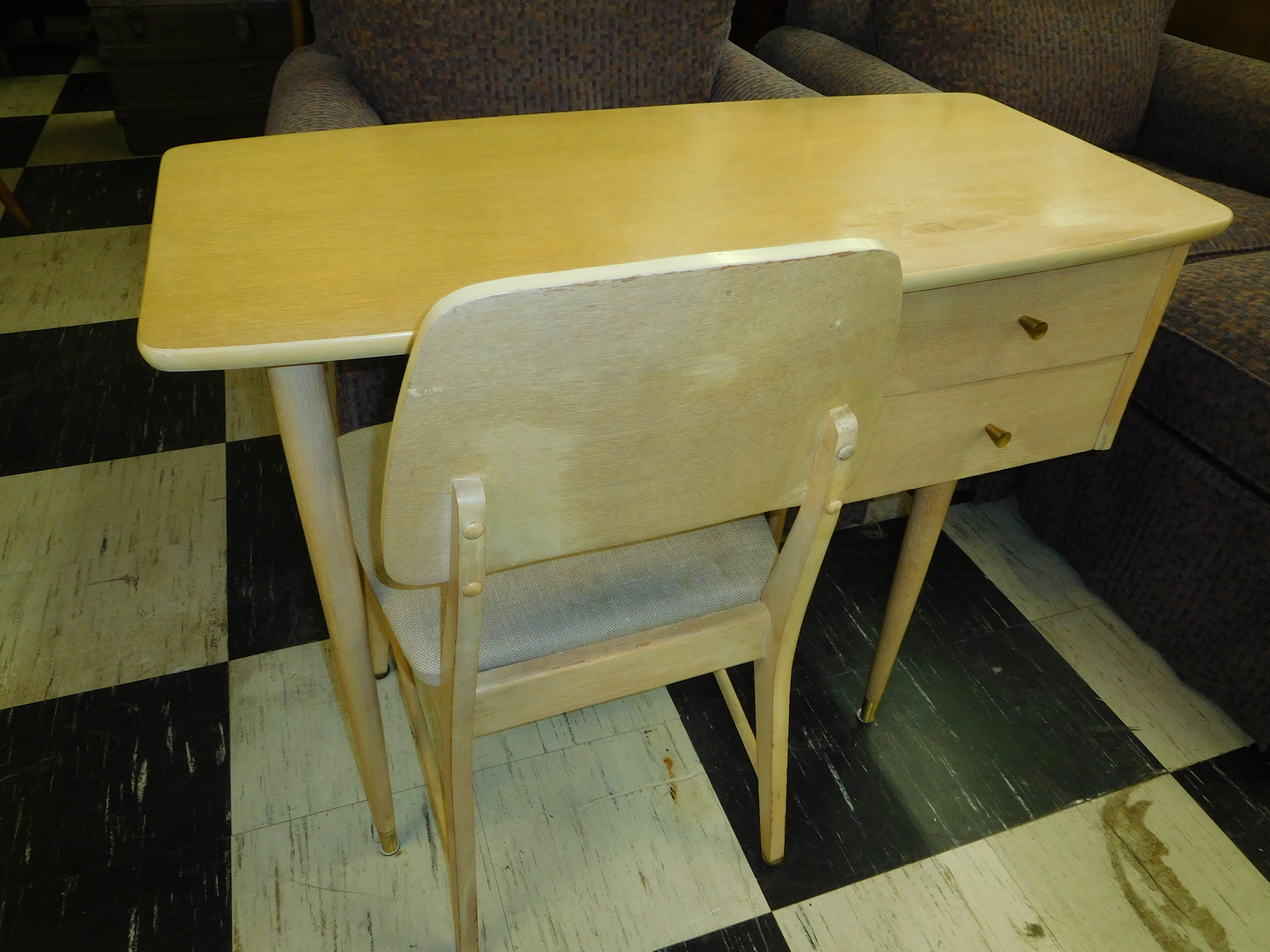 Mid Century Desk Chair by Martensville of Virginia
