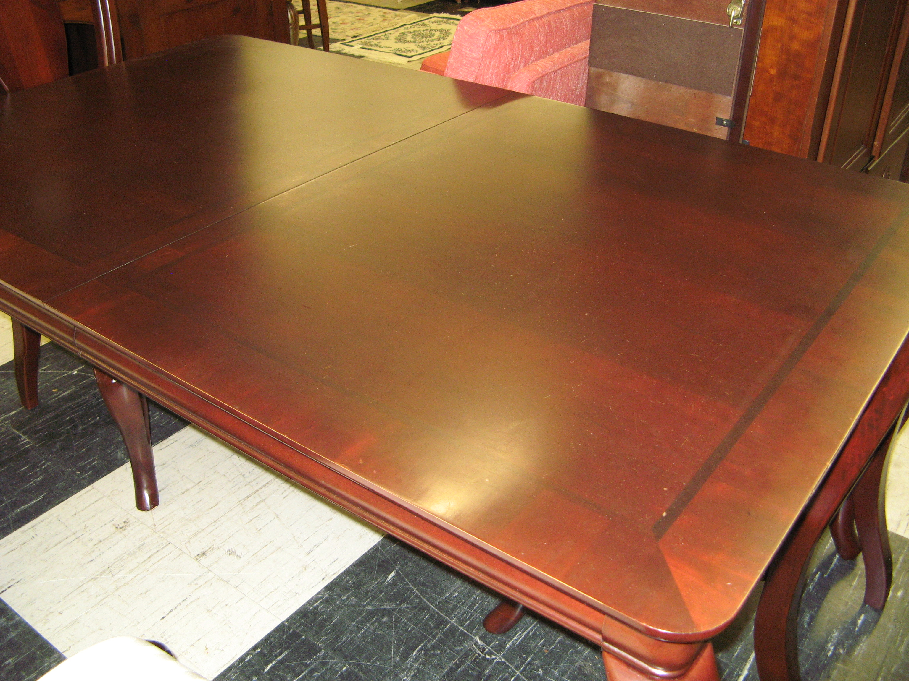 Havertys Dining Table