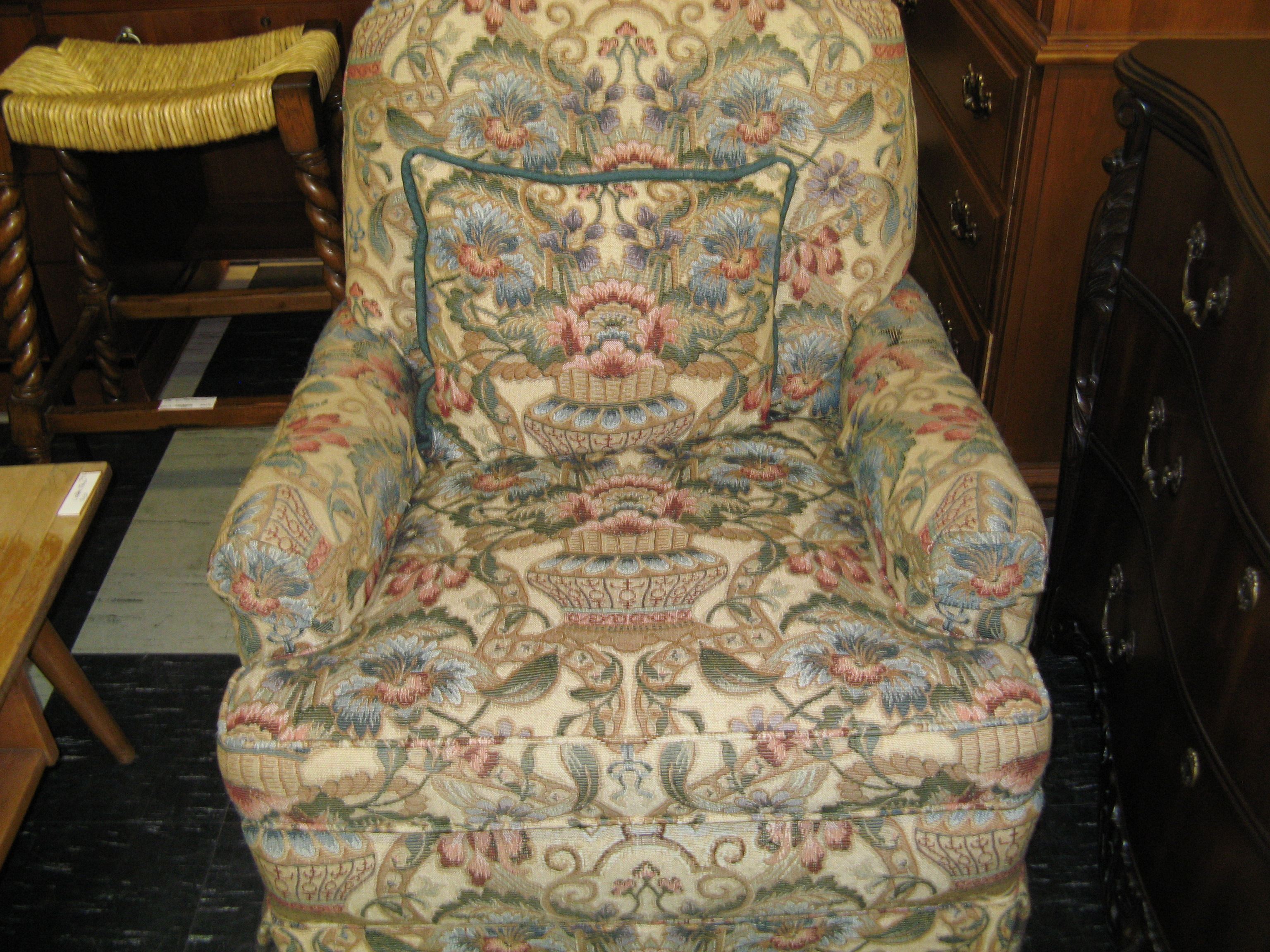 Floral Recliner with Matching Throw Pillow