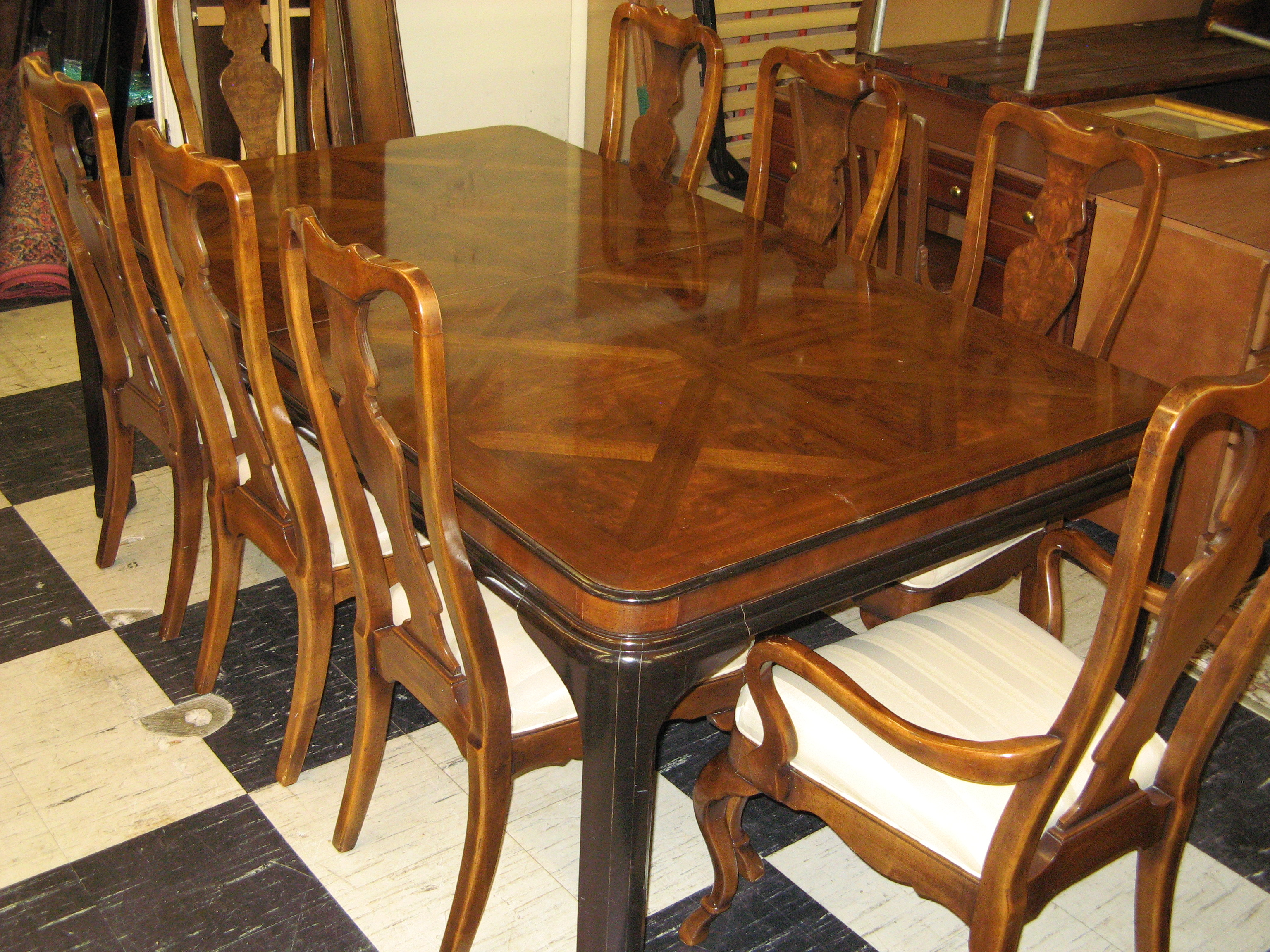 Vintage Drexel Heritage Cherry Dining Table with 8 Matching Chairs & 3 Inserts