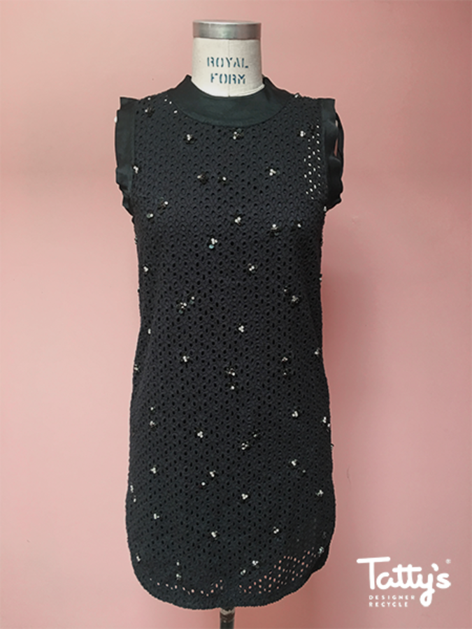 f5113ddce6a1 S less broderie anglaise dress w. jewelleld detail + slip
